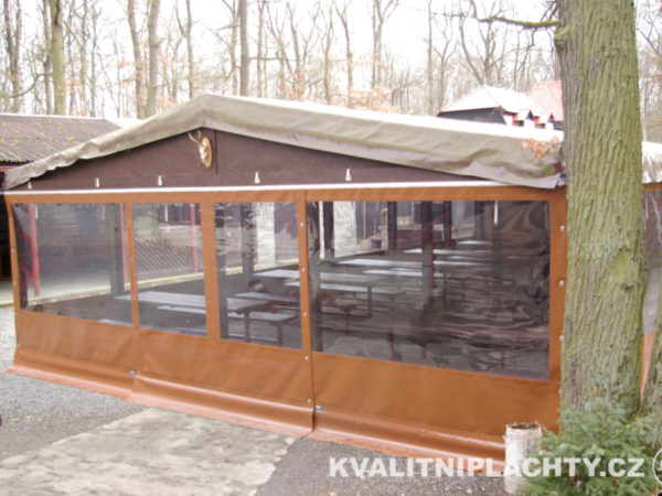 Oplaštění restaurace Hájovna Kersko