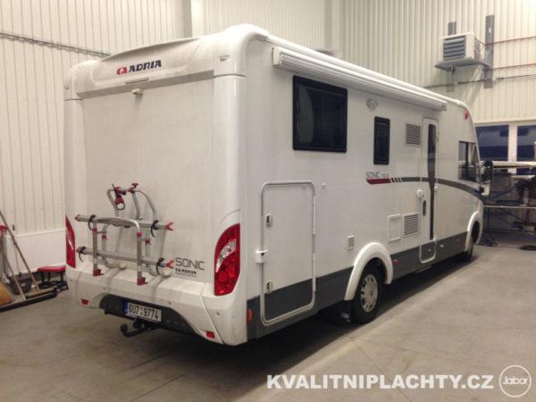Zakrytí karavanu před realizací